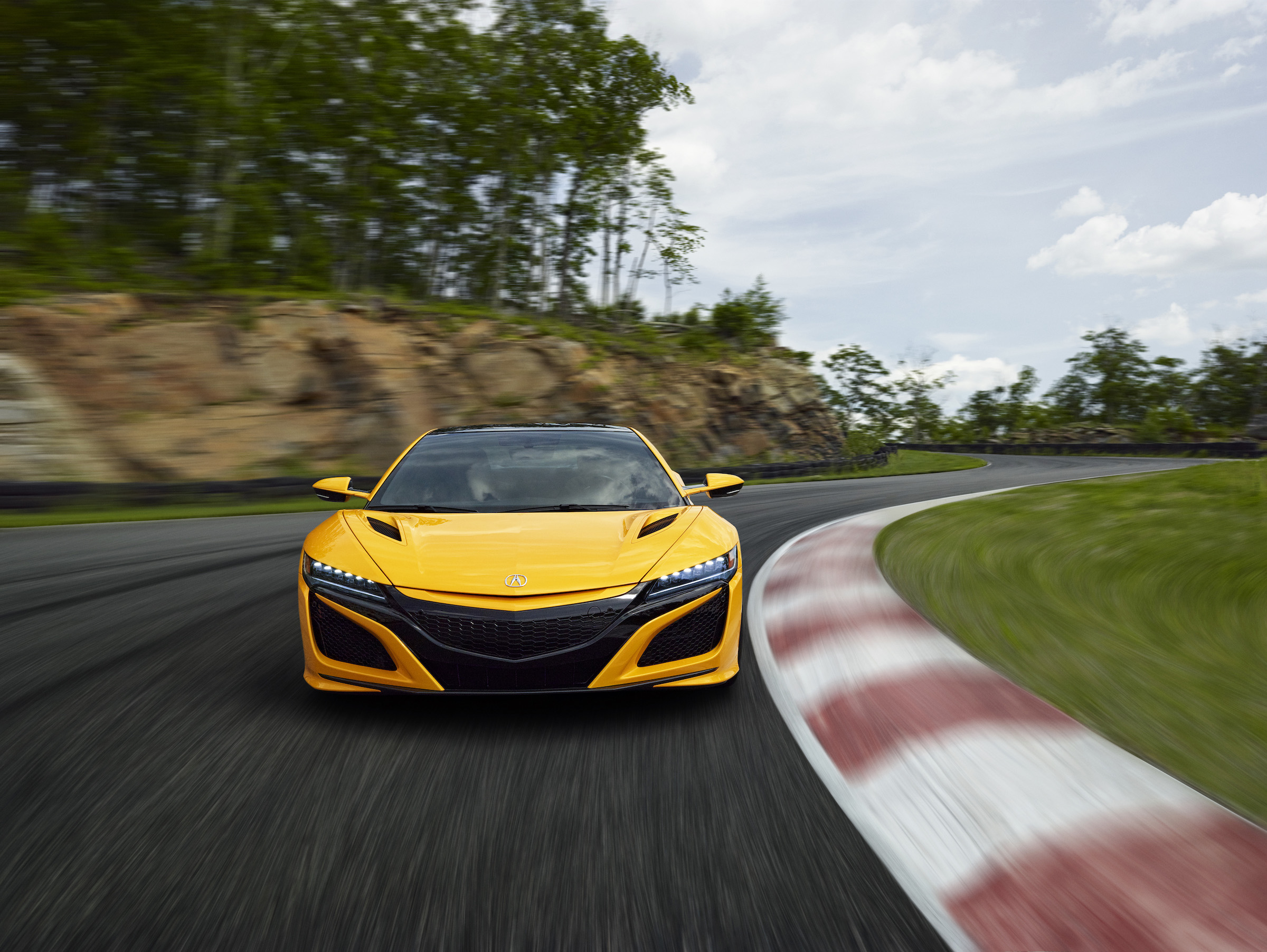 """NEWS: Acura brings back yellow """"heritage color"""" to the NSX ..."""