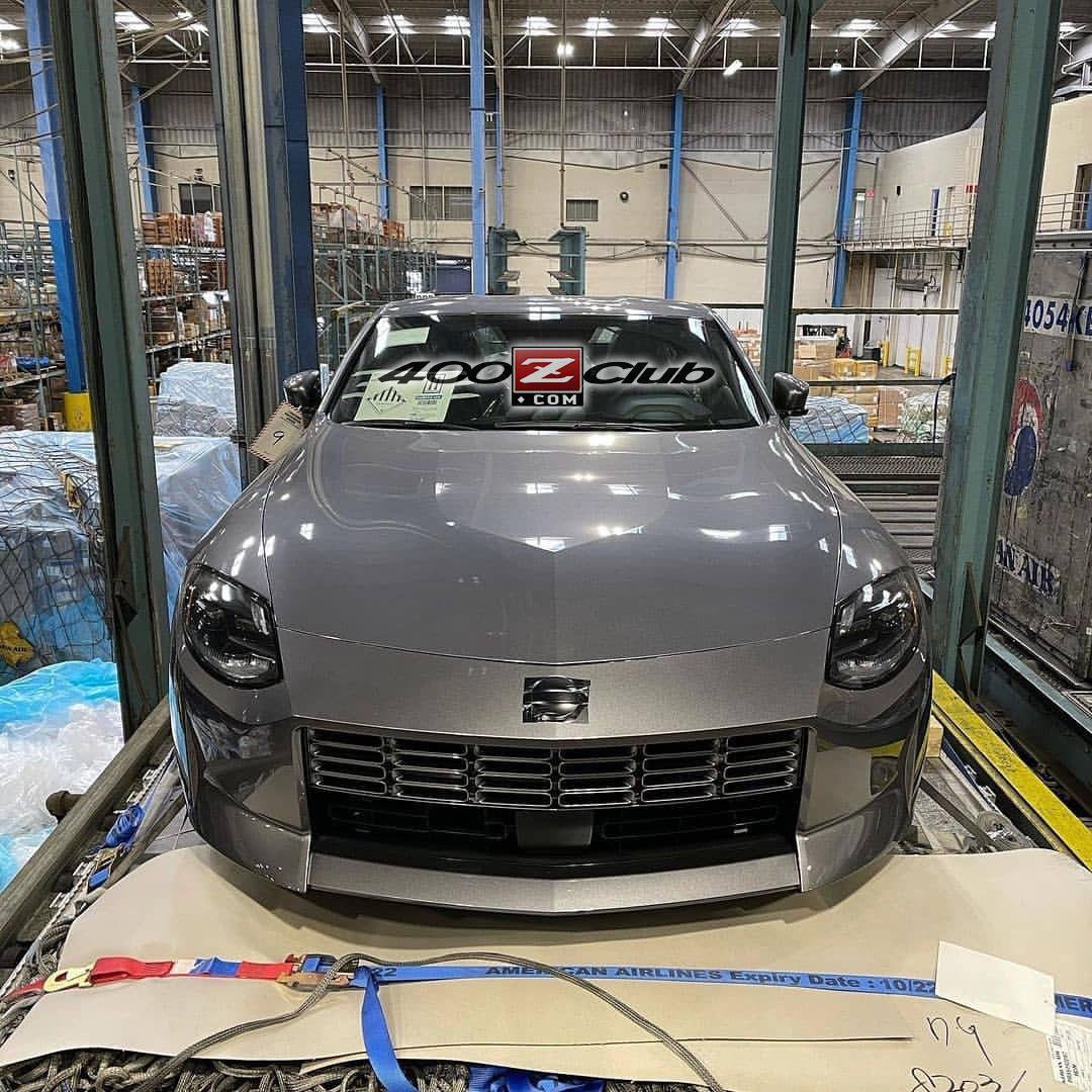 Nissan-400Z-production-leak-1.jpg